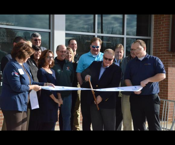 Foundation Office ribbon cutting 2016